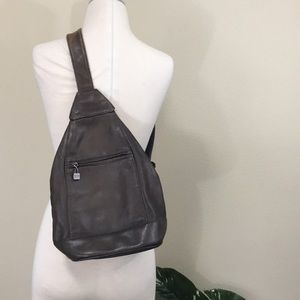 PERLINA NEW YORK authentic leather sling backpack